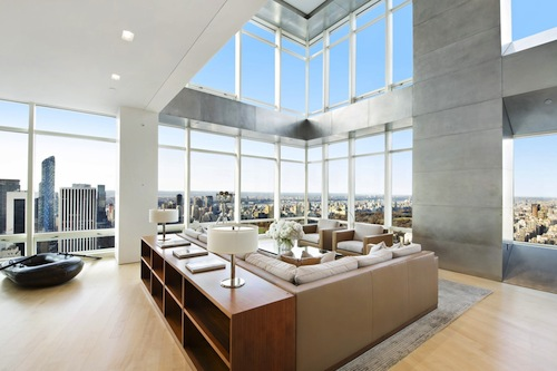 One Beacon Court Is Located At 151 East 58th Street And Also Home To Bloomberg Headquarters Apartments Feature Floor Ceiling Windows The
