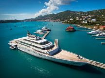 The Top 10 Luxury Yachts You Need to Know luxury yachts The Top 10 Luxury Yachts You Need to Know Rising Sun