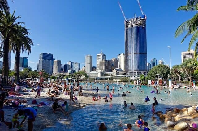 Southbank Beach - Best Place To Stay In Briabne - Luxury Travel Hacks