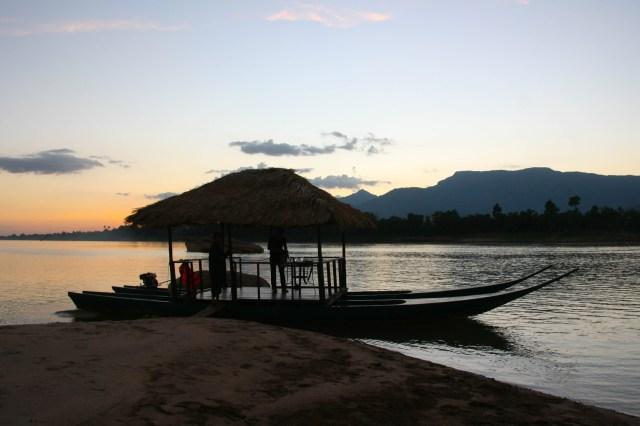river resort laos sunset cruise