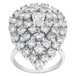 Pear shape pave diamond ring with appr. 2.5 carats in diamonds in 18k white gold
