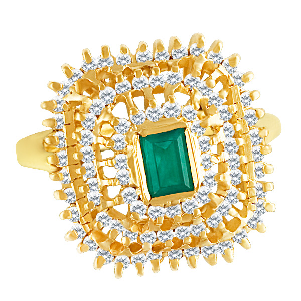 Lovely faceted Colombian emerald ring in 18k white gold