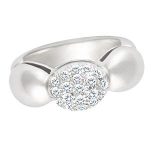 Darling domed diamond ring in 18k white gold. 0.38 carat diamonds. Size 3.