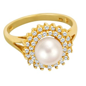 Magnificent Pearl ring in 14k surrounded by 2 rows of diamonds