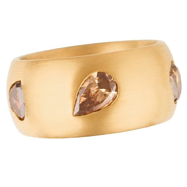Michael Weggenman fancy diamond wide band in 18k rose gold. App. 3.40 cts in fancy colored diamonds.