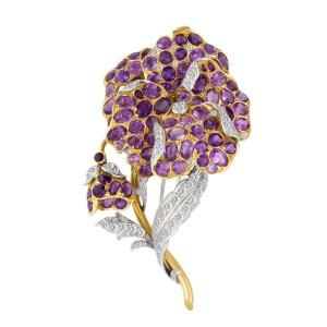 Flower amethyst & diamond brooch in 18k