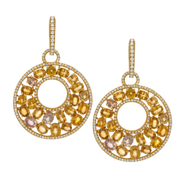 Diamond and yellow sapphire earring in 18k