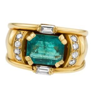 Emerald & diamond 18k yellow ring