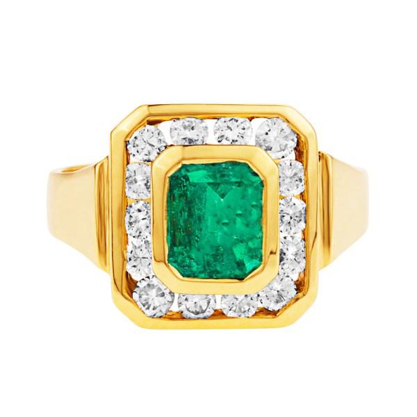Emerald & diamond ring in 18k