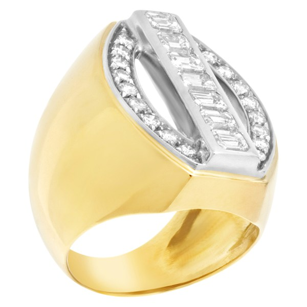 Unique diamond ring in 18k gold with 1.24 carats in diamonds (H-I color, VS clarity)