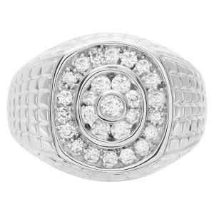 Men's diamond ring set in 14k white gold. 1.00 carat in diamonds. Size 10.