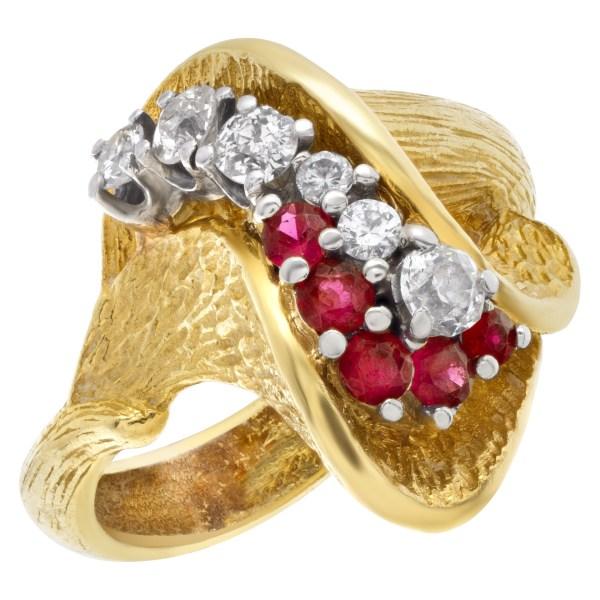 Tulip design ruby & diamond ring in 18k yellow gold