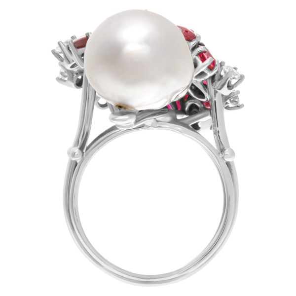 Baroque style South Sea pearl (12.9 x 15.6mm) ring with multi cut rubies & round diamond accets