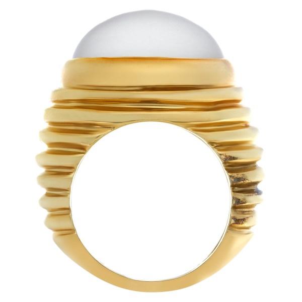 "Beautiful gray ""Moonstone"" ring set in 18k yellow ribbed gold."