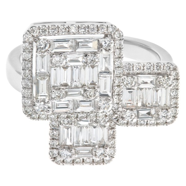 Baguette and round cut diamond ring with 1.37 carats in diamonds