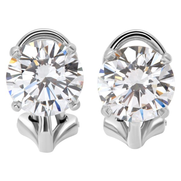 Tiffany & Co. Diamond stud earrings in platinum. GIA Certified 1.66 cts (F, VVS1) 1.69 cts (F, VVS2)