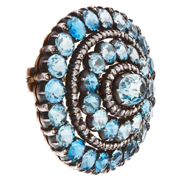 Marvelous antique over 20 carats natural gem quality Aqua Marine (from the Santa Maria mines in Brazil) brooch