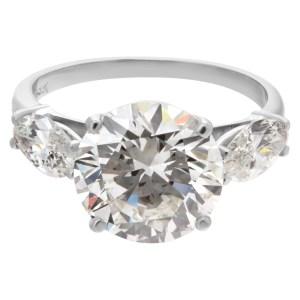 GIA certified round brilliant cut diamond 5.03 carat (K color, VS1 clarity) ring