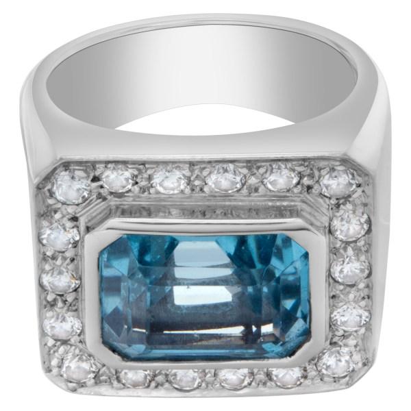 Blue topaz ring in 18k white gold with diamonds