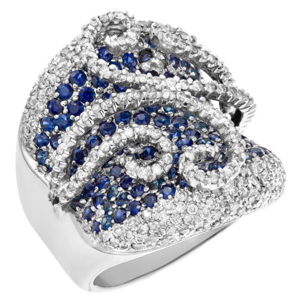 Diamond and blue sapphires ring in 18k white gold