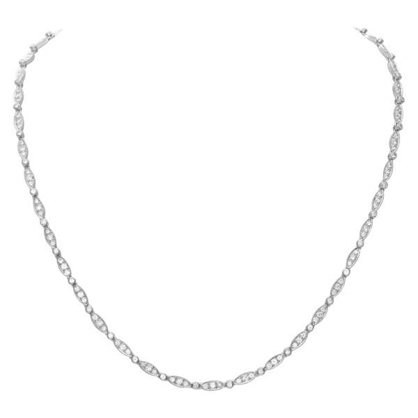 Elegant diamond necklace in 18k white gold