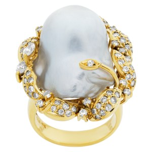 Pearl ring with diamond accents in 18k