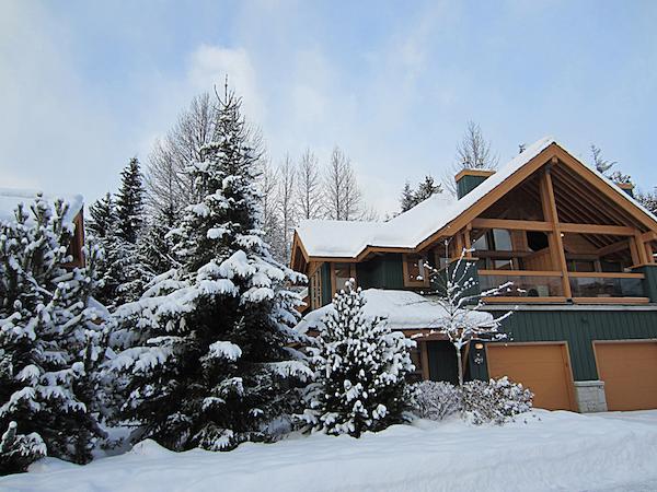 Winter Exterior Montebello Luxury Rental Home