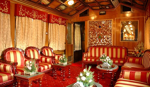 https://i0.wp.com/luxuryy.com/wp-content/uploads/2010/09/royal-luxury-trains.jpg