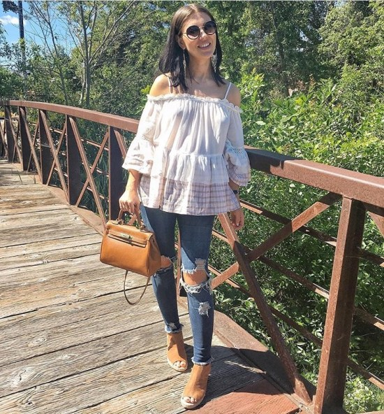 Hippie Style Maternity Outfit