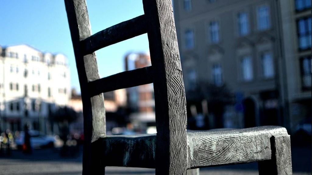 Silla Plaza de los héroes Cracovia