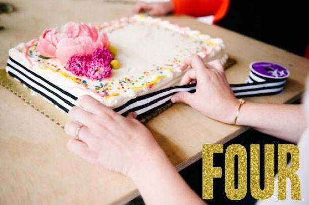 Grocery-Store-Wedding-Cake-4