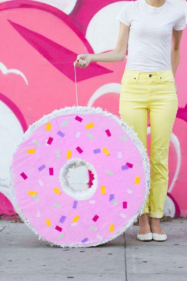 DIY-Giant-Donut-Pinata-600x900-2