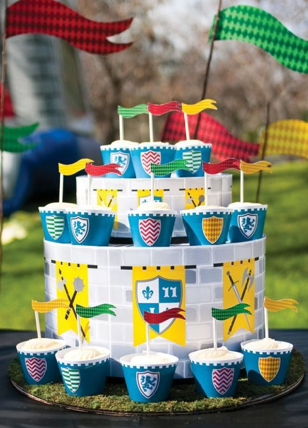 DIY-cupcake-cake-stand