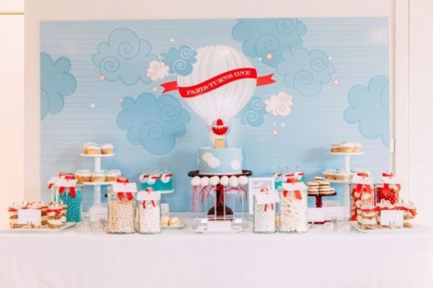 boys-hot-air-balloon-first-birthday-party-ideas