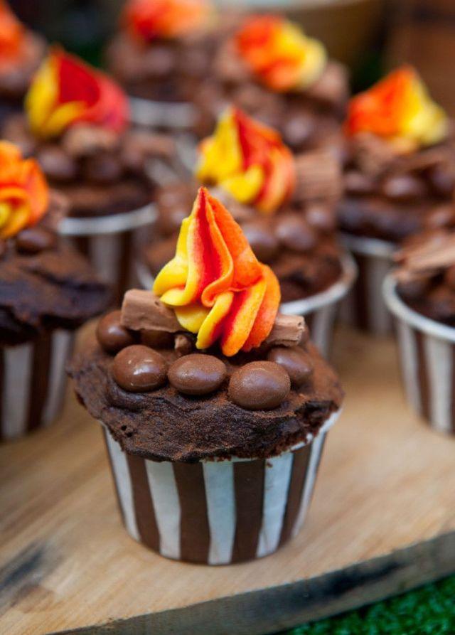 Campfire-Cupcake-734x1024