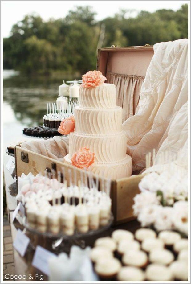 rustic_pink_peach_cake