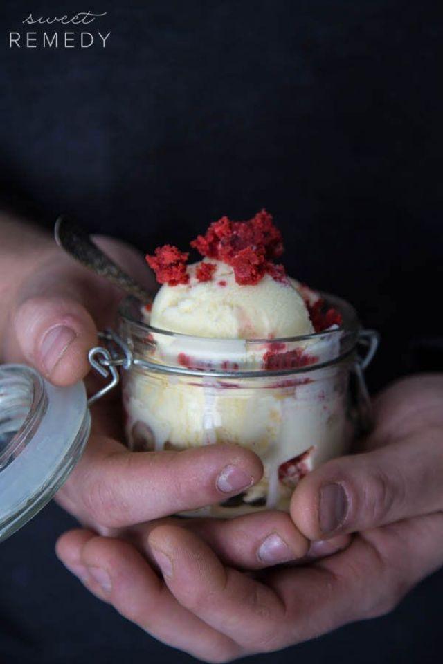 red-velvet-ice-cream-2