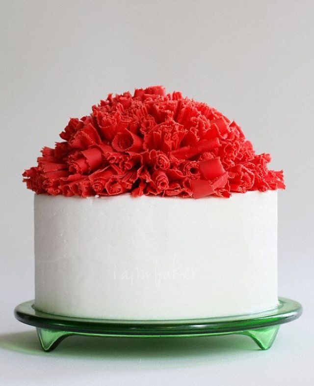 chocolate-ruffle-cake
