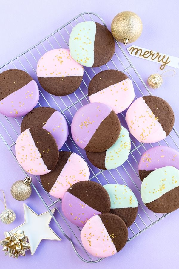 color-dipped-gingerbread-cookies-6-600x900