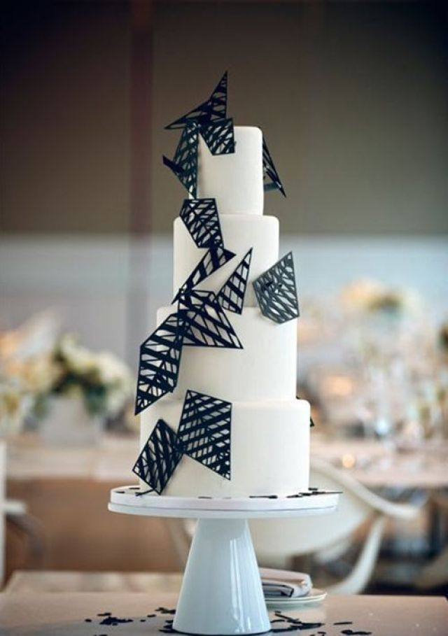 geometric-wedding-cake-chicago-500