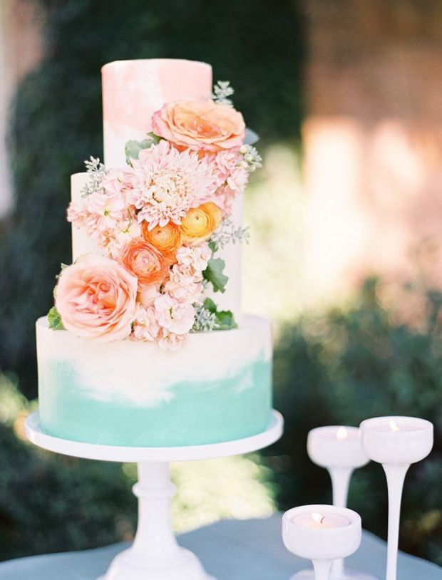 custom-wedding-cake-painted-watercolor-cascading-flowers-sugarbeesweets-2.jpg