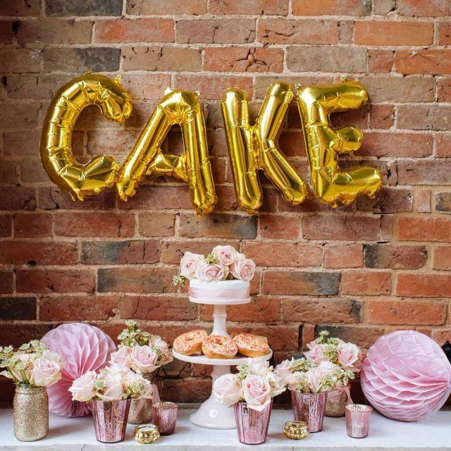 Gold_cake_balloons_1024x1024.jpg