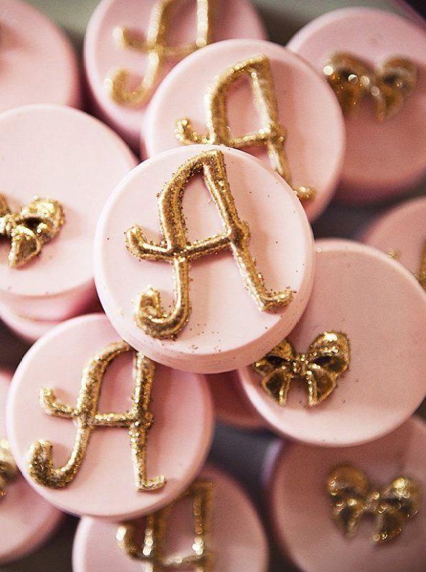 pink-glitter-monogram-desserts.jpg