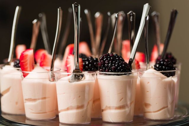 berry-mousse-with-berries.jpg