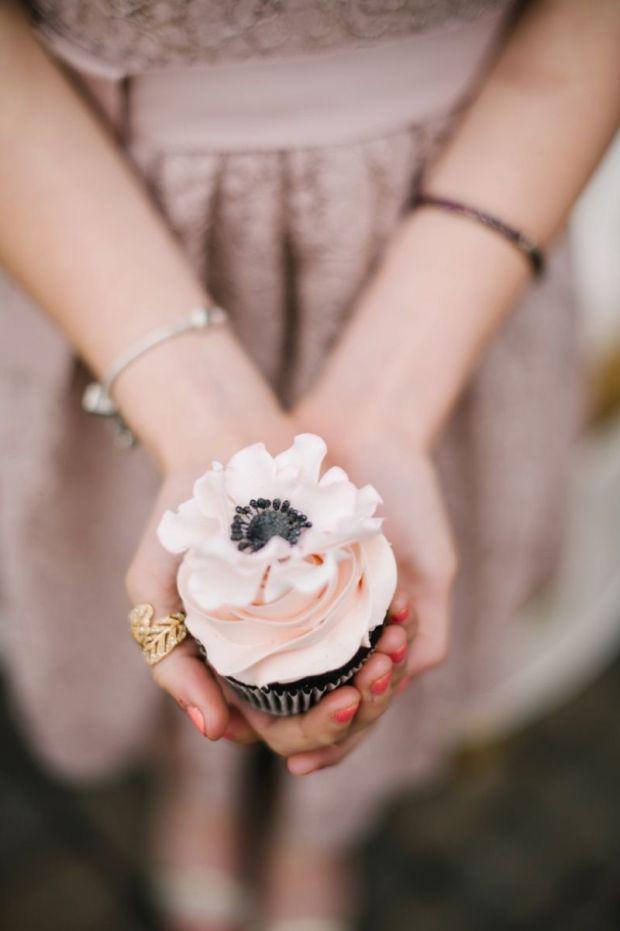 Elegant-Blush-and-Champagne-Wedding_0043.jpg