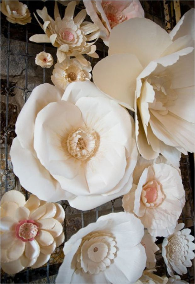 giant_paperflowers1.jpg