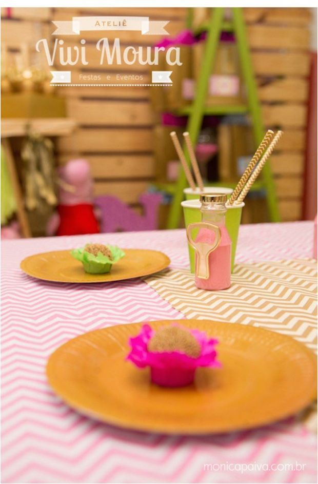 Peppa-Pig-Birthday-Party-via-Karas-Party-Ideas-KarasPartyIdeas.com10