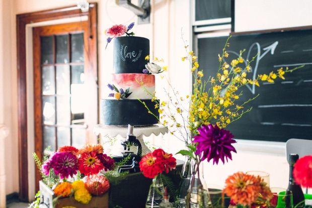 Chalkboard+Cake+from+Nutmeg+Cake+Design+for+School+Wedding+Inspiration+--+Danfredo+Photos+++Films+and+Heart+&+Dash.jpeg