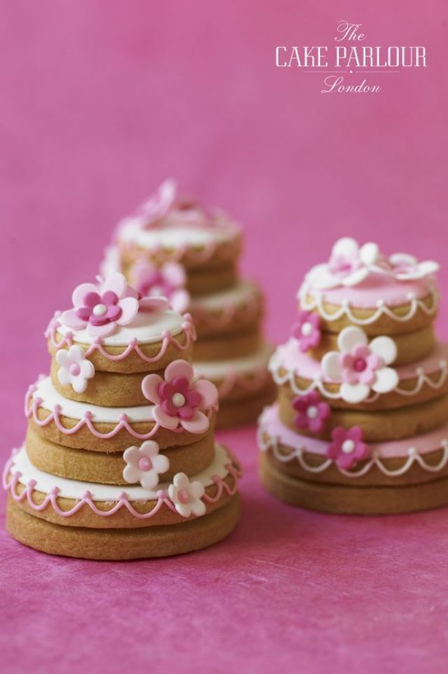 Wedding-cake-cookies