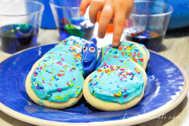 favorite-family-movies-for-movie-night-finding-dory-party-finding-nemo-party-ideas_-39